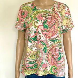 Like new 100% cotton boho paisley t-shirt